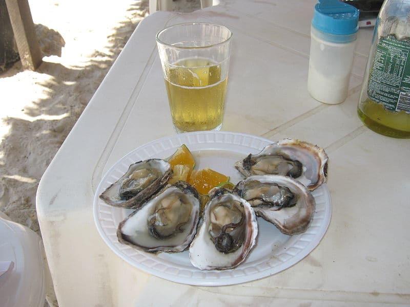 Weiße mit Austern